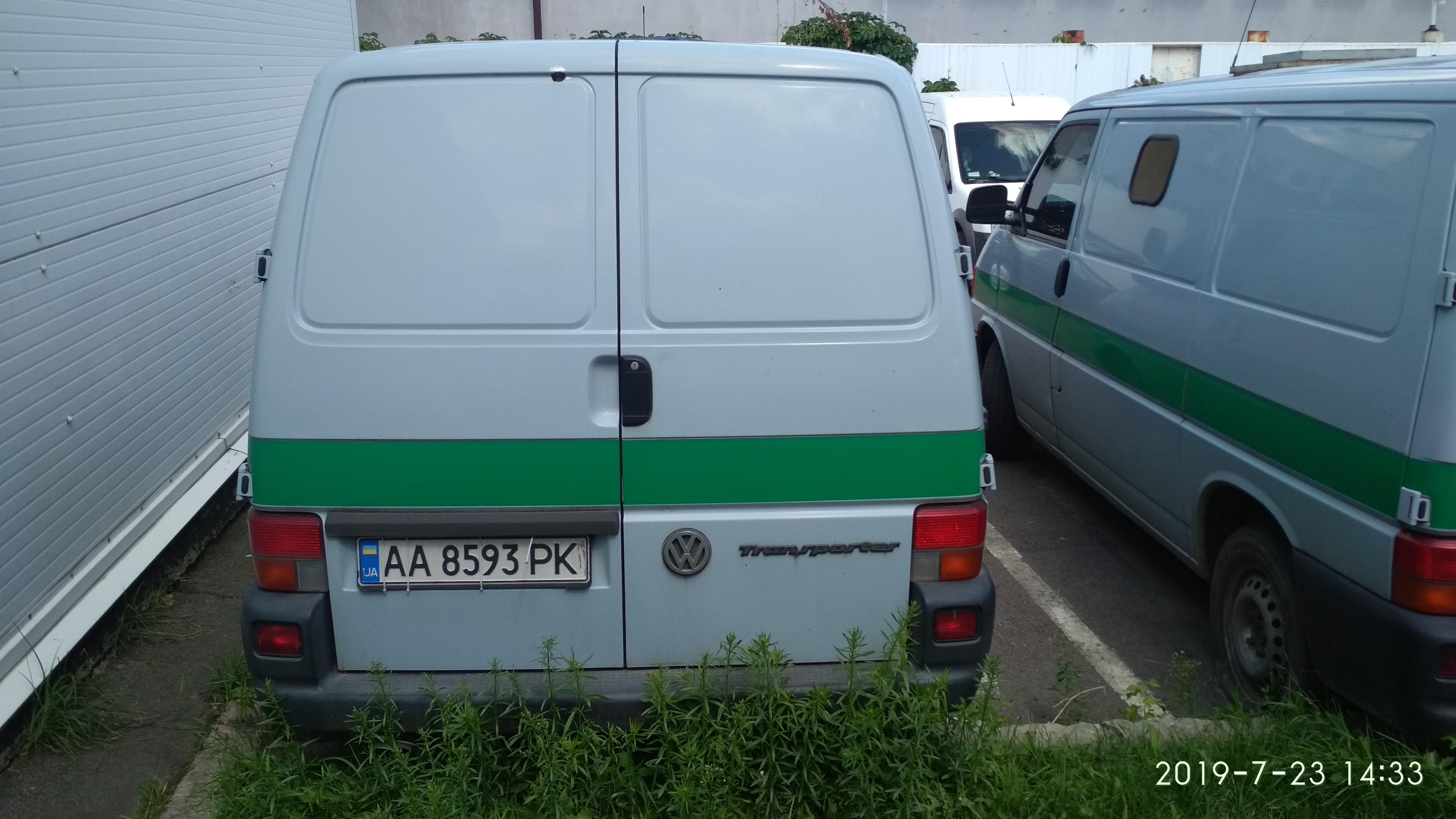 Фольксваген Транспортер АА8593РК